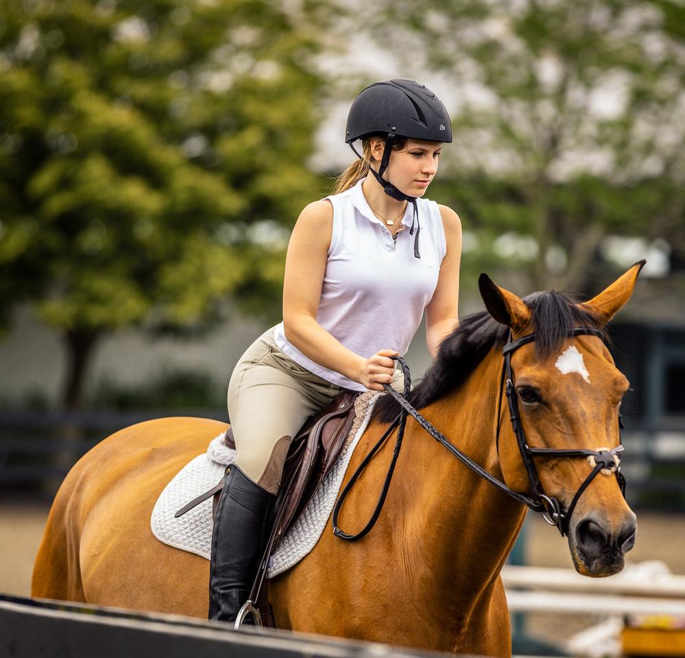 Sasha Behrens Horseback riding BH-3